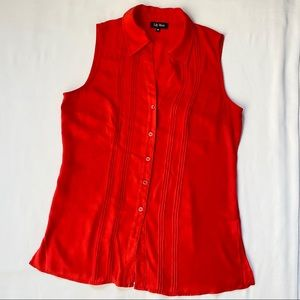 3/20$ Red Button up Sleeveless Blouse